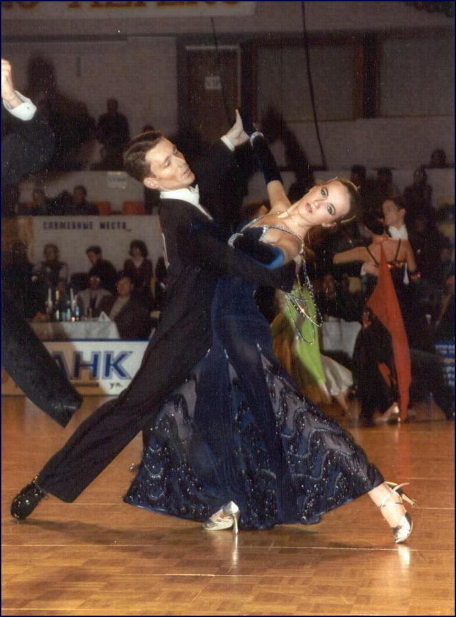 history of foxtrot Hopefully this page is a good starting place for anyone wanting to learn about the history of the lindy hop lindy hop history an early version of the foxtrot.